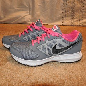 Nike DownShifter 6 Gray Pink Girls Size 5 Youth